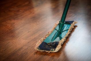 houten vloer parket schoonmaken